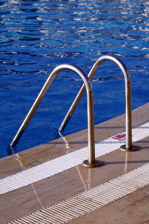 inground pool ladder